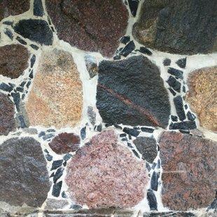 Akmens mūra šuvju atjaunošana
